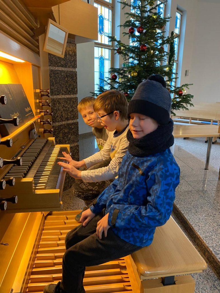 Orgel spielen